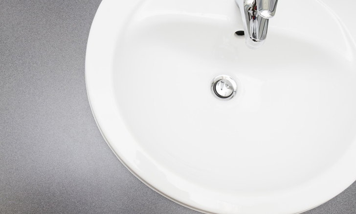 วิธีกำจัดกลิ่นอ่างล้างหน้าในห้องน้ำ ทำอย่างไรให้ไร้กลิ่นกวนใจ
