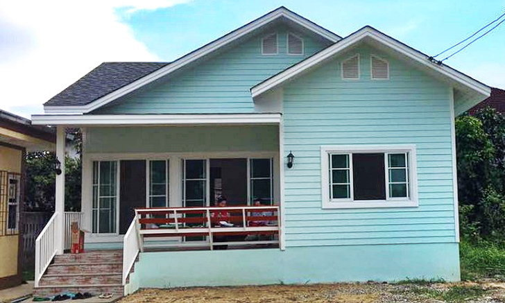 บ้านชั้นเดียวสีเขียวอ่อนหวานละมุน 3 ห้องนอน 2 ห้องน้ำ สร้างได้ด้วยงบเพีบง 830,000 บาท
