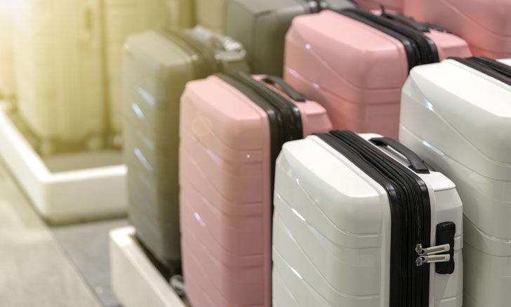 วิธีเก็บกระเป๋าเดินทาง และกระเป๋าถือขึ้นเครื่อง