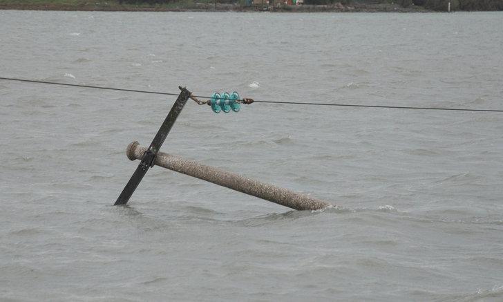 วิธีป้องกันไฟดูดช่วงน้ำท่วม และการจัดการเครื่องใช้ไฟฟ้าอย่างถูกต้อง