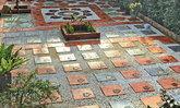 DIY จัดสวนหินไว้นั่งเล่นหน้าบ้าน สร้างพื้นที่พักผ่อนสำหรับครอบครัว