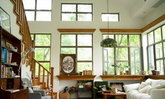 รีโนเวทบ้านเก่าอายุกว่าสิบปี เปลี่ยนโฉมใหม่เป็นบ้านสุดโรแมนติก แผ่กระจายความอบอุ่นทั่วอณูพื้นที่