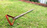 """DIY """"ไม้ดายหญ้าจากเหล็กคีบถ่าน"""" ด้วยงบประมาณเพียง 20 บาท"""