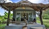 บ้านสวนบังกะโล ภายในดีไซน์โปร่งโล่ง อยู่ง่าย เป็นกันเอง ในบรรยากาศร่มรื่นแบบสวนป่า