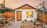 """""""The Joshua Tree"""" บ้านหลังเล็กแนวคันทรี มีพื้นที่นอกบ้านที่กว้าง เหมาะกับสายชิล"""