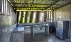 ไอเดียต่อเติมครัวนอกบ้าน ปูนขัดมัน ไม้ระแนง จากวัสดุเหลือจากทำบ้านในงบ 25,000 บาท ไม่รวมค่าช่าง