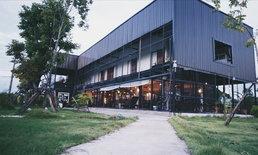 รีโนเวทหอพักเก่าเป็นลอฟท์คาเฟ่เท่กลางทุ่ง ร้าน Blackboxx cafe' & bistro จ.อุบลราชธานี