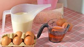 วิธีใช้ถ้วยตวงของเหลว ถ้วยตวงแบบไหนเหมาะกับสูตรอะไรมาดูกัน !