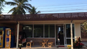"""ดัดแปลงพื้นที่หน้าบ้านเป็น """"ร้านกาแฟ"""" ในฝัน"""