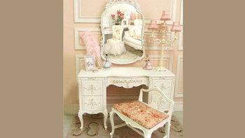 9 โต๊ะเครื่องแป้งหรูสวยๆ สไตล์เจ้าหญิง