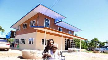 """""""บ้านต่าย อรทัย """" บ้านหลังใหม่สร้างให้คุณแม่ และคุณยาย"""