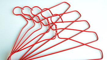 24 เทคนิคการใช้ไม้แขวนที่จะทำให้ชีวิตของคุณง่ายขึ้น
