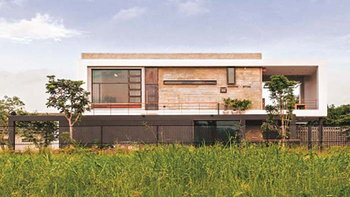 """""""เบาเฮาส์"""" บ้านพร้อมปรับเปลี่ยนตามอารมณ์และตัวตนของศิลปิน"""
