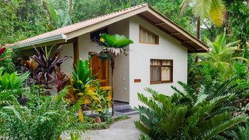 บ้าน รีสอร์ทสไตล์บูติกหลังเล็ก ๆ จัดสวนสวยน่าหลงไหล