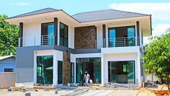บ้านสองชั้นสไตล์คอนเทมโพรารี่ 4 ห้องนอน 3 ห้องน้ำ พร้อมพื้นที่ใช้สอย 220 ตารางเมตร