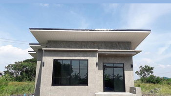 แบบบ้านชั้นเดียว ปูนเปลือยสไตล์ลอฟท์ พื้นที่ใช้สอย 88 ตร.ม. งบก่อสร้าง 900,000 บาท รวมเสาเข็ม