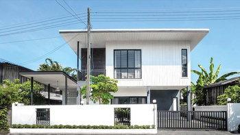 รีวิวสร้างบ้านใหม่บนพื้นที่เดิม สไตล์โมเดิร์นมินิมอล ให้เข้ากับท้องถิ่นแบบลงตัว