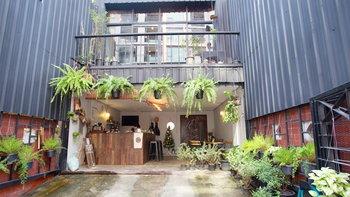 ตกแต่งสวนในตึกแถว ลดความอึดอัด เพิ่มพื้นที่่ผ่อนคลาย