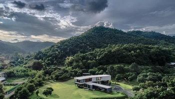 โซเชียลฮือฮา! ประกาศขายบ้านกลางหุบเขาที่เชียงใหม่ ราคา 65 ล้าน บางมุมคล้ายบ้านในหนัง Parasite
