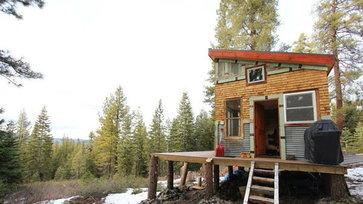 """เปิด """"บ้าน"""" หลังจิ๋ว  ฉบับ DIY ของคู่รักนักสร้างบ้าน"""