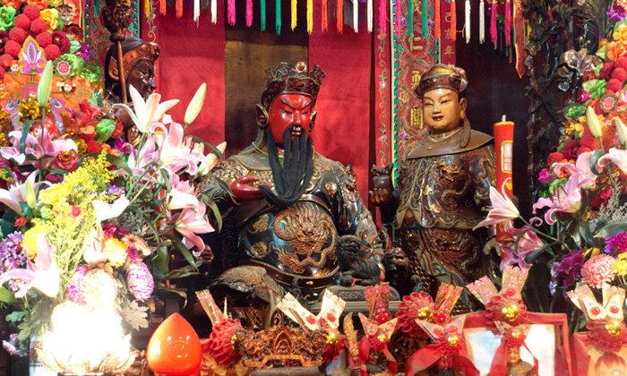 """สักการะ """"เจ้าพ่อกวนอู"""" วัดกวนไท (Kwan Tai Temple) ปกป้องสิ่งเลวร้าย เสริมอำนาจบารมี"""