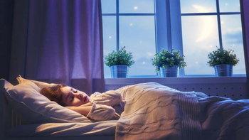 """คนนอนข้าง ๆ ราศีไหน มีพฤติกรรม """"การนอน"""" อย่างไร"""