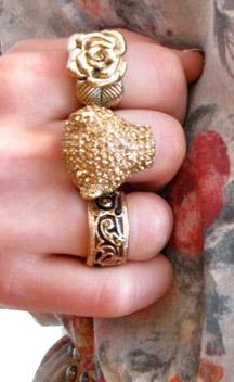 สวมแหวน