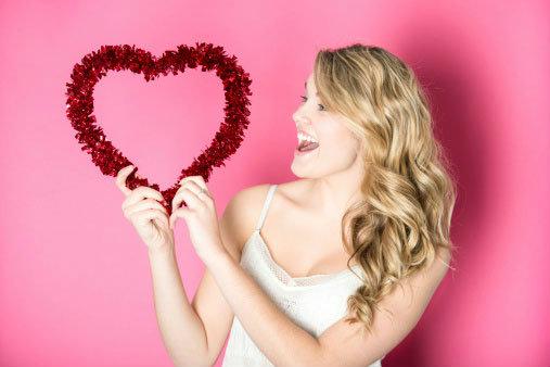 แบบทดสอบทำนายหัวใจ รักแท้หรือแค่หลงใหล