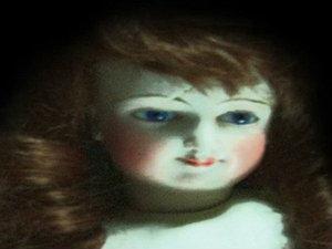ตุ๊กตาผี อลิส