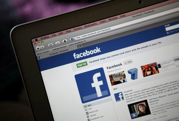 ทายนิสัยจากการใช้ Facebook