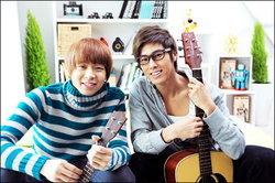 ยูชอน - ยุนโฮ ( TVXQ! ) กับแคมเปญสร้างกำลังใจ