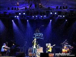 เสร็จสิ้นอย่างสวยงาม แบบไม่หวั่นสถานการณ์การเมืองกันไปแล้ว กับเทศกาลดนตรีแจ๊สประจำปีของไทย