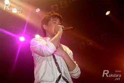 ริท โฮ!กอดคอ โตโน่-กัน-เซน ขึ้นคอนเสิร์ตอำลาแฟนคลับ