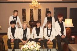 7 หนุ่มฮิพฮอพสุดน่ารักจากเกาหลีวง Block B ( บล็อค บี )