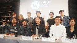 """เอาจริง! Warner Music Thailand ปรับเงิน """"วงมหาหิงค์"""" ฐานก็อปปี้เพลง Two Door Cinema Club"""