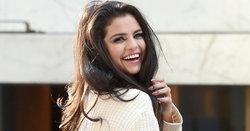 10 เพลงฮิตของ Selena Gomez ที่คุณต้องร้องว้าว