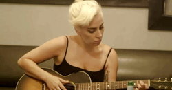 "Lady Gaga กับเบื้องหลัง ""Million Reasons"" และ ""A-Yo"" สุด exclusive"