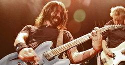 10 เพลงเด็ดของ Foo Fighters ที่ควรรู้จักก่อนไปดูคอนเสิร์ต