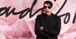 Marilyn Manson ถูกพร็อพเวทีหล่นทับกลางเวที-ยกเลิกทัวร์คอนเสิร์ต