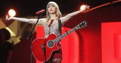 """""""Babe"""" เพลงหลุดโผจากอัลบั้ม Red ของ Taylor Swift ที่แฟนๆ ต่างร้องเสียดาย"""