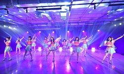 "BNK48 เปิดตัวอัลบั้ม ""Warota People"" พร้อมโชว์พิเศษจากสมาชิกสุดเซอร์ไพรส์"