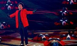 The Weeknd โชว์ Super Bowl LV Halftime Show มิติใหม่ อลังการกว่าเดิม (คลิป)
