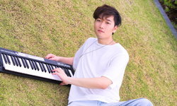 "Chisun เผยมุมชวนฝันของมหานครแห่งความรักในเพลงใหม่ ""Midnight City"""