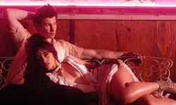 "Shawn Mendes จูบ Camila Cabello โต้ตอบชาวเน็ตคอมเมนต์ ""จูบแปลกเหมือนปลา"""