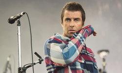 """Liam Gallagher ชมพี่ชาย Noel """"เขาแต่งเพลงเก่ง"""" ยันชวนมางานแต่งตัวเองปีหน้า"""