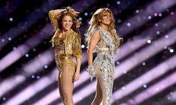 """""""Shakira-Jennifer Lopez"""" ระเบิดความร้อนแรง งัดเพลงฮิตระดับโลกโชว์ """"Super Bowl ครั้งที่ 54"""""""