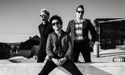 """Green Day"" ประกาศวันจัดคอนเสิร์ตใหม่ ปักหมุดอีกครั้ง 21 มีนาคม 2564"