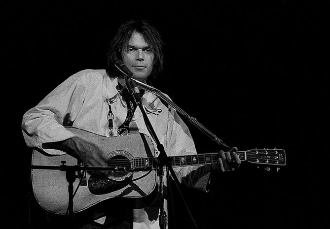neil-young-15042721511