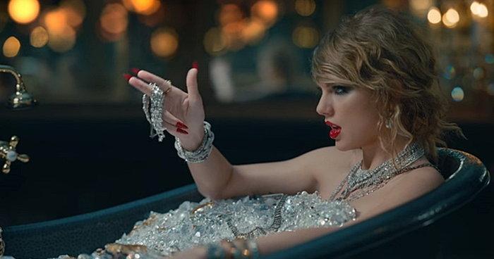 เจาะลึกช็อตต่อช็อต เอ็มวีใหม่ Taylor Swift จิกกัดใครบ้าง มาดูกัน