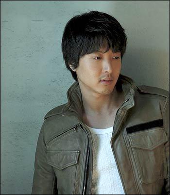 ก้าวแรกของ ลี ดอง กัน กับการบุกตลาดญี่ปุ่นในบทบาทนักร้อง